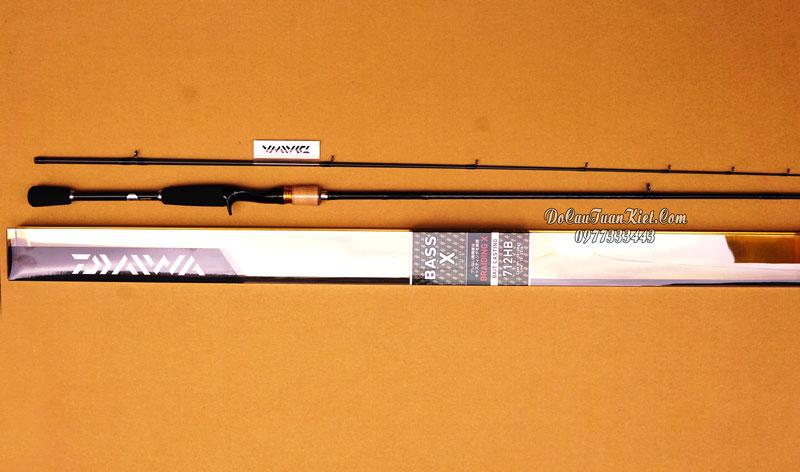 Cần câu máy ngang Daiwa Bass X 712HB